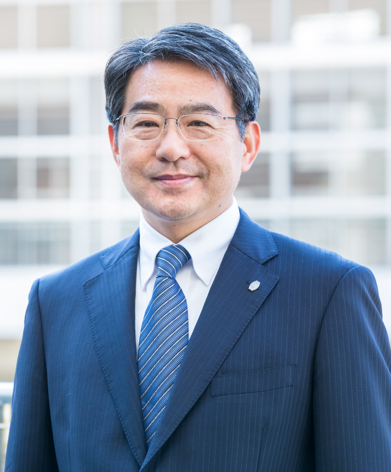 校長 渡辺信一